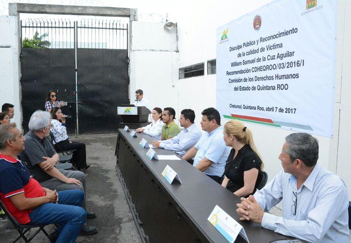 El acto de la disculpa pública fue realizado en las instalaciones del Centro de Reinserción Social de Chetumal.