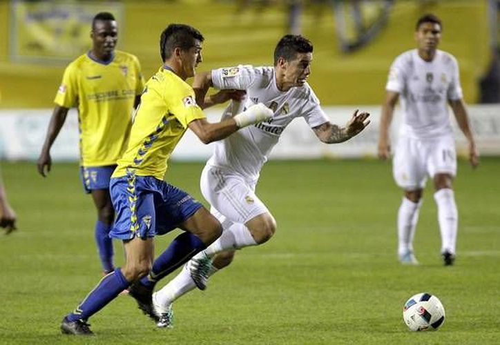 Real Madrid utilizó una alineación indebida por la presencia en el equipo titular del ruso Denis Cheryshev. El Real Madrid ganó por 1-3 a domicilio al Cádiz. (EFE)