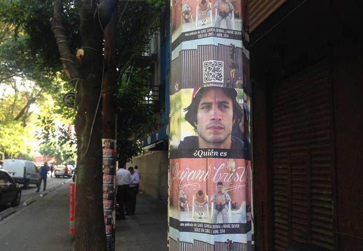 """Marc Silver trabajó con el actor Gael García Bernal para realizar el documental """"Dayani Cristal"""", el cual, asegura, le cambió su perspectiva sobre los migrantes. (Facebook/Who Is Dayani Cristal?)"""