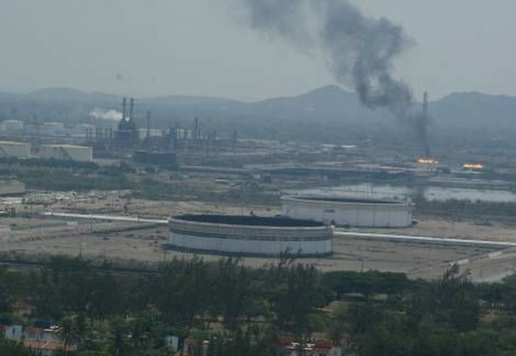 Imagen de archivo de la refinería 'Antonio Dovalí Jaime' de Salina Cruz, Oaxaca. (Milenio)