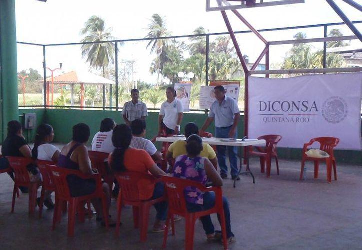 Los talleres se imparten en por lo menos 140 comunidades de tres municipios de Quintana Roo. (Claudia Martín/SIPSE)