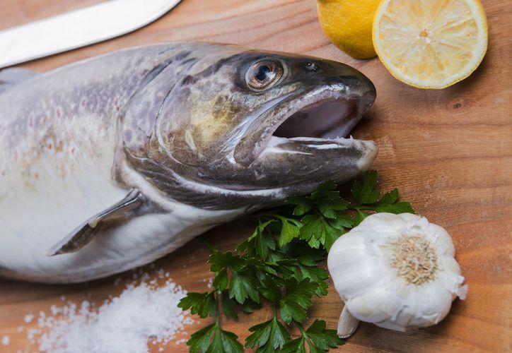 Los complementos de aceite de pescado tienen un efecto beneficioso para los síntomas de la artritis reumatoide. (Foto: Contexto/Internet)