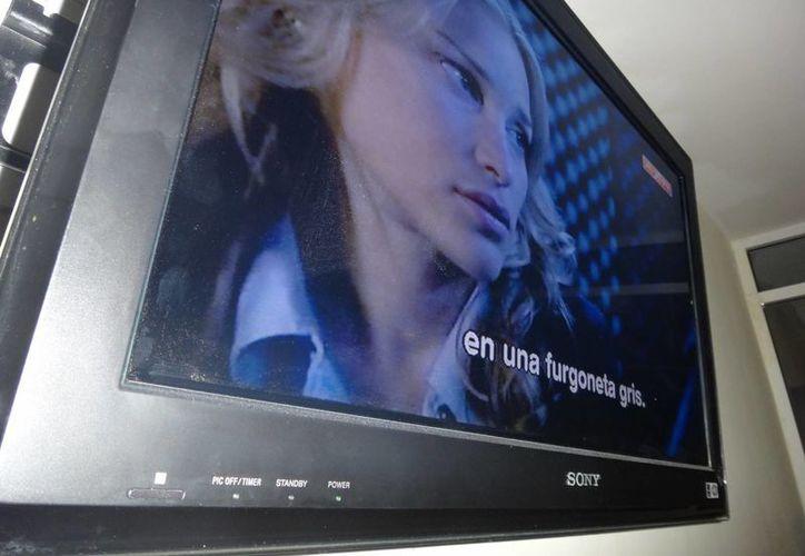 Niegan amparos a las televisoras que impugnaron la obligación de transmitir 30 minutos diarios de programas que determine Gobernación. (Archivo SIPSE)
