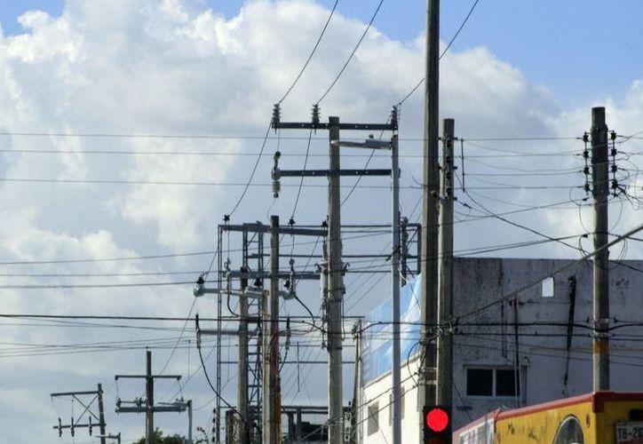 En Yucatán se pagan 25 pesos más el kilowatt por segundo que en el resto del país. (SIPSE)