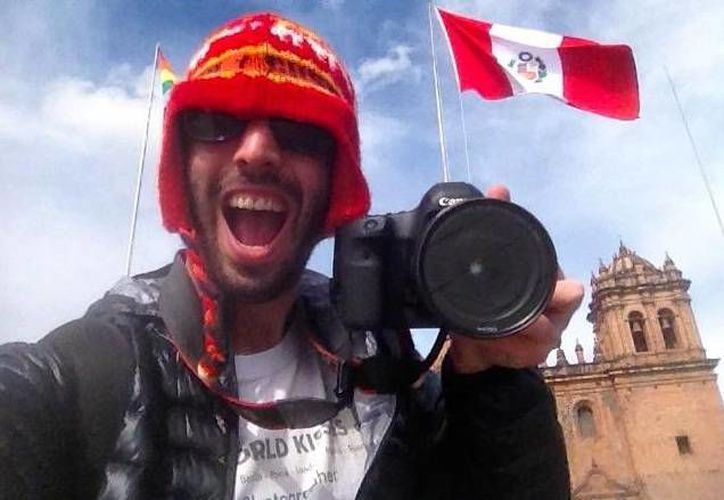 Ignacio Lehmann, fotógrafo autor del sitio en Facebook: 100 world kisses. (Facebook)