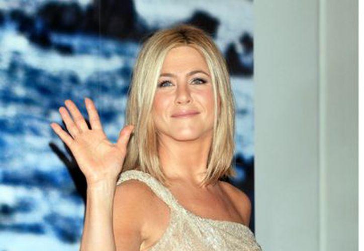 Jennifer Aniston podría unir su vida a la de Justin Theroux el 31 de diciembre. (Agencia Reforma)