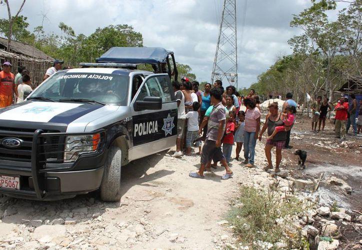 La policía detuvo a tres personas que presuntamente provocaron el conflicto. (Redacción/SIPSE)