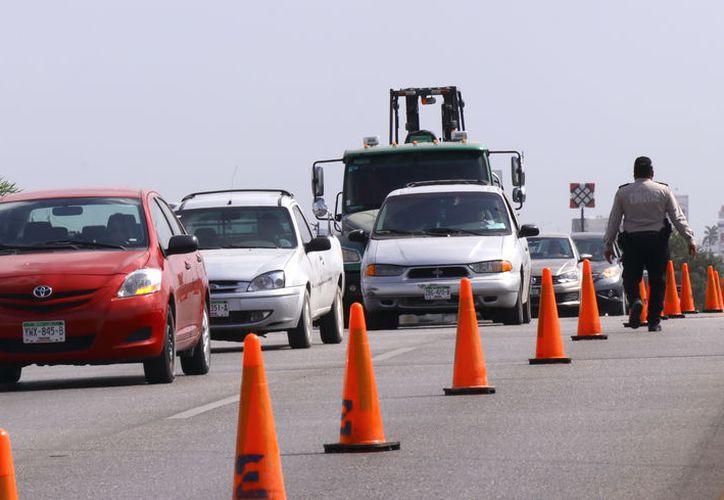 Unos 210 mil vehículos en Yucatán cuentan con un seguro. (Foto: Jorge Acosta)