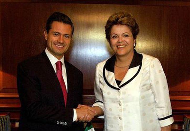 Ambos mandatarios acordaron la medida en la cumbre del Celac en Santiago de Chile. (Archivo/Notimex)