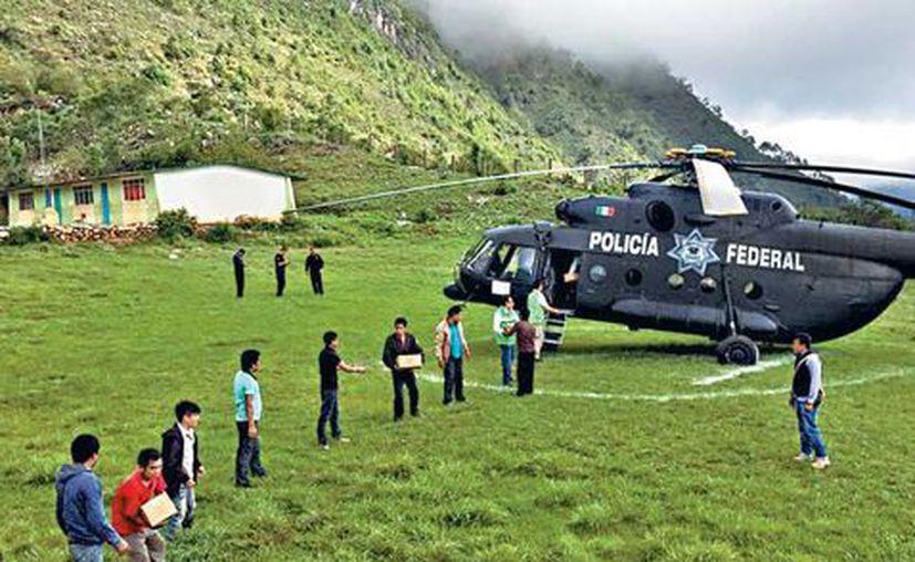 Los responsables del traslado de víveres aseguraron que Juchitán de Zaragoza no reporta condiciones de emergencia. (Milenio)