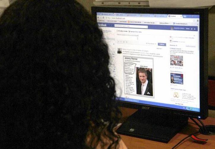Un nuevo portal de Facebook ayuda a los jefes de familia con la seguridad en Internet. (Foto de contexto de SIPSE)