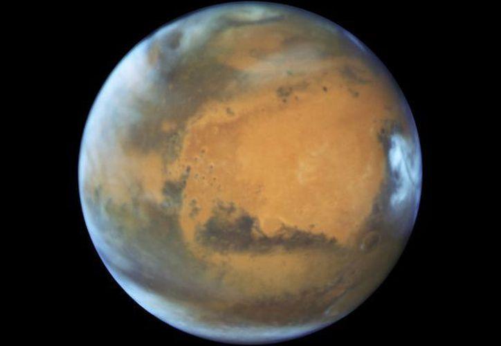 Imagen del planeta Marte distribuida por la NASA. Mayo está resultando un gran mes para los aficionados a la astronomía. (NASA/ESA/Hubble Heritage Team - STScI/AURA, J. Bell - ASU, M. Wolff - Space Science Institute via AP)