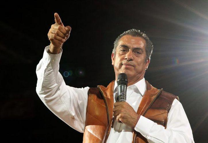 Jaime Rodríguez 'El Bronco' afirmó que el INE le asestó 'un golpe bajo'. (Internet)