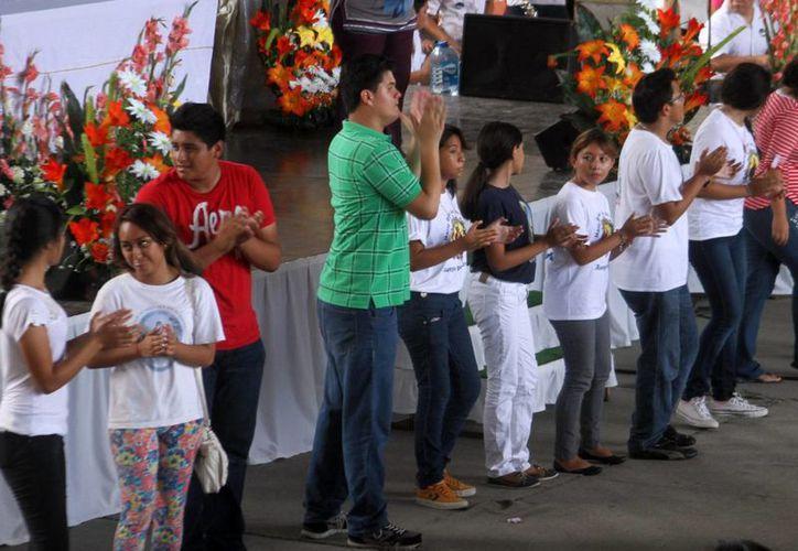 La formación de los catequistas yucatecos se realizará vía internet. (Milenio Novedades)