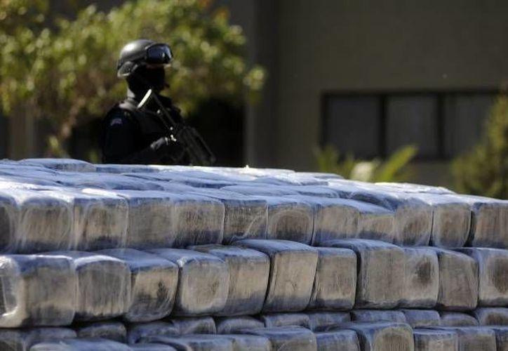 La droga y dos hombres fueron arrestados en la  colonia Jardines de la Alameda. (Agencias/Archivo)
