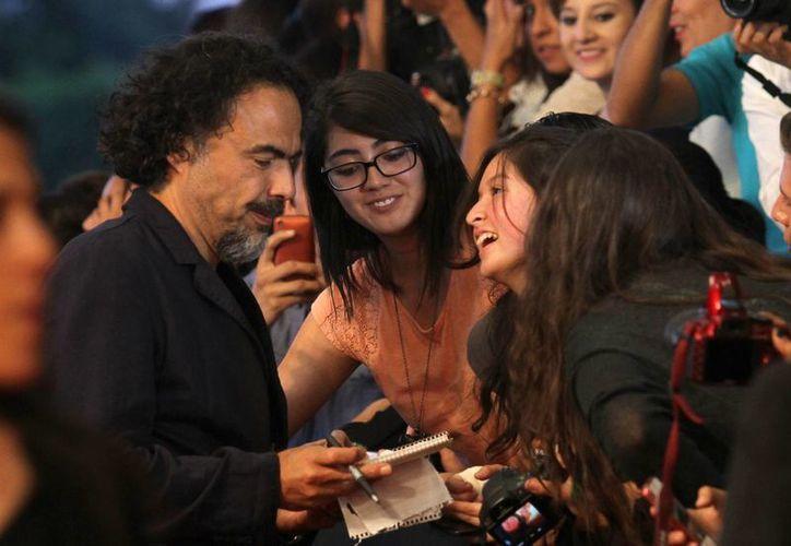 El mexicano Alejandro González Iñárritu podría dar esta noche una grata sorpresa para el cine nacional. (Notimex)