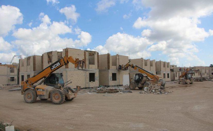 El sector de la vivienda impulsa la inversión inmobiliaria. (Paola Chiomante/SIPSE)