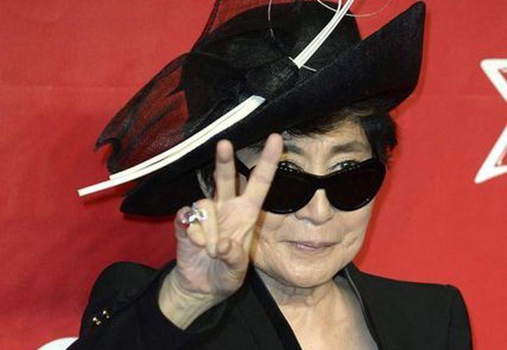 La artista japonesa Yoko Ono presentó en Bilbao, España, su espectáculo de performances. (EFE/Archivo)