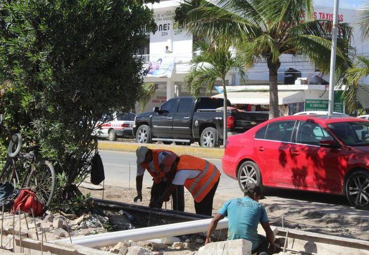 Cuando los proyectos de la Capa se cumplan, habrá proyección de otros trabajos para complementar la obra de carriles centrales de la avenida, señaló. Viveros Vargas. (Sara Cauich/SIPSE)