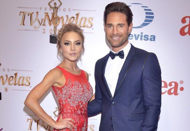 Pese a ser una de las parejas más famosas de la televisión mexicana, los actores tienen sus diferencias. (Quién)