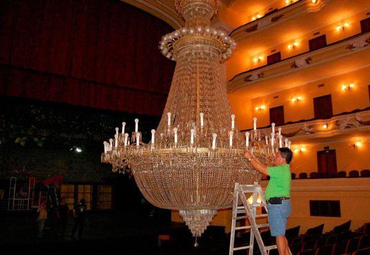 A fin de año, se iniciará la tercera etapa de remodelación del teatro José Peón Contreras. La imagen es de contexto. (SIPSE)