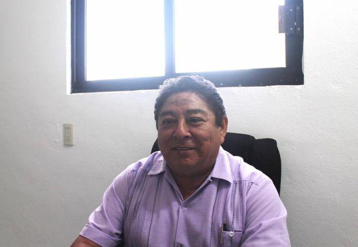 Olegario Tah Balam señaló que se trata de evitar los malos tratos hacia las féminas. (Raúl Balam/SIPSE)