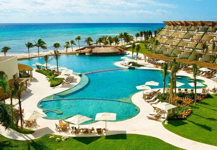 El lujoso hotel Gran Velas de Playa del Carmen, es uno de los incluidos en esta lista. (Contexto/Internet)