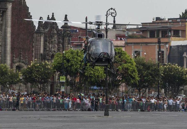 La cuenta oficial en Twitter y YouTube del filme 'Spectre' presentó un video con el detrás de cámaras del rodaje en el Centro Histórico de la Ciudad de México. (Notimex)