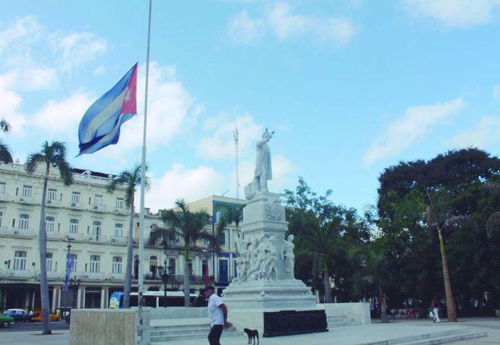 Fidel Castro murió el viernes por la noche, medio siglo después de liderar la Revolución Cubana.