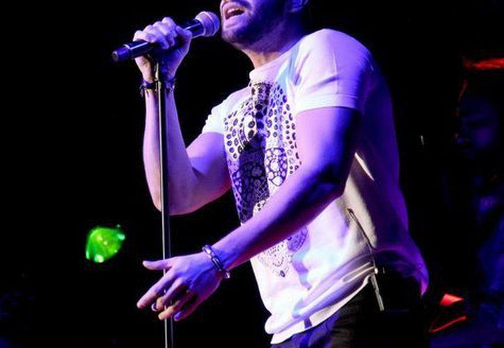 El español Pablo Alborán interpretará temas en el Auditorio Nacional en el marco de su gira 'Tour Terral 2015'. (Notimex)