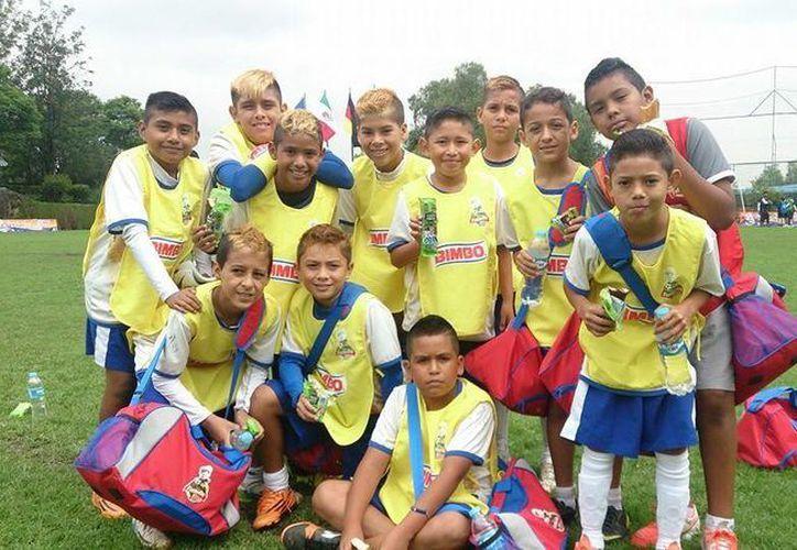 El equipo Leones Negros del Colegio de Valladolid, cayó tras enfrentarse a la escuadra de Aguascalientes. (Redacción/SIPSE)
