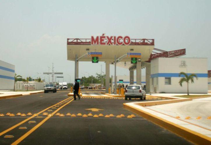 Las autoridades mexicanas buscan reactivar el comercio con Belice, para lo cual hoy se realizará una reunión previa a un acuerdo. (Harold Alcocer/SIPSE)