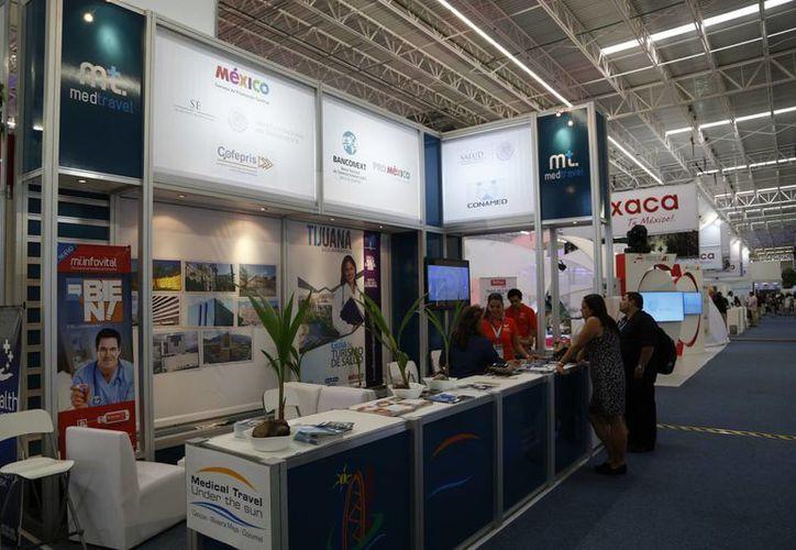 Promueven el turismo médico en el Tianguis Turístico. (Israel Leal/SIPSE)