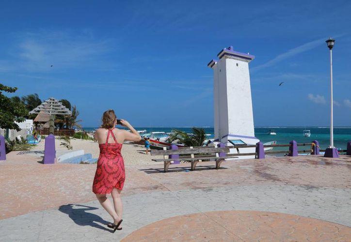 La Dirección de Turismo municipal trata de atraer más turistas. (Luis Soto/SIPSE)