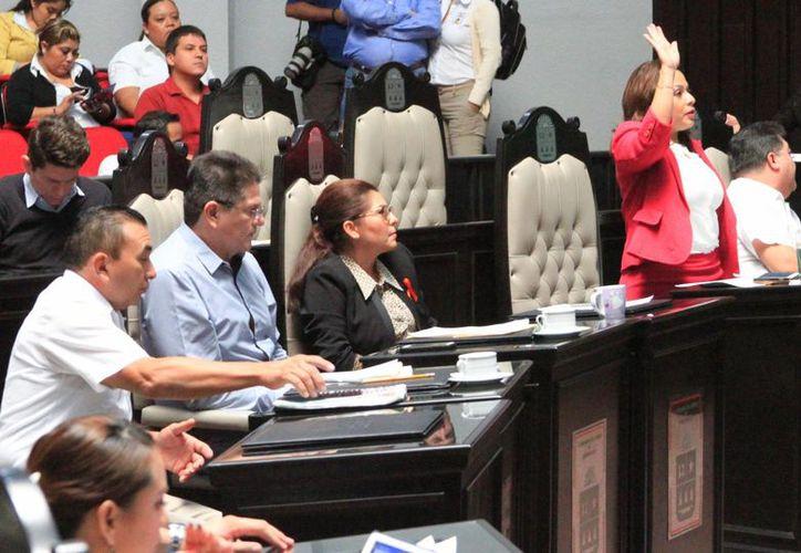 La Ley de Ingresos de Puerto Morelos será analizada en el mes de enero por el Congreso del Estado. (Ángel Castilla/SIPSE)