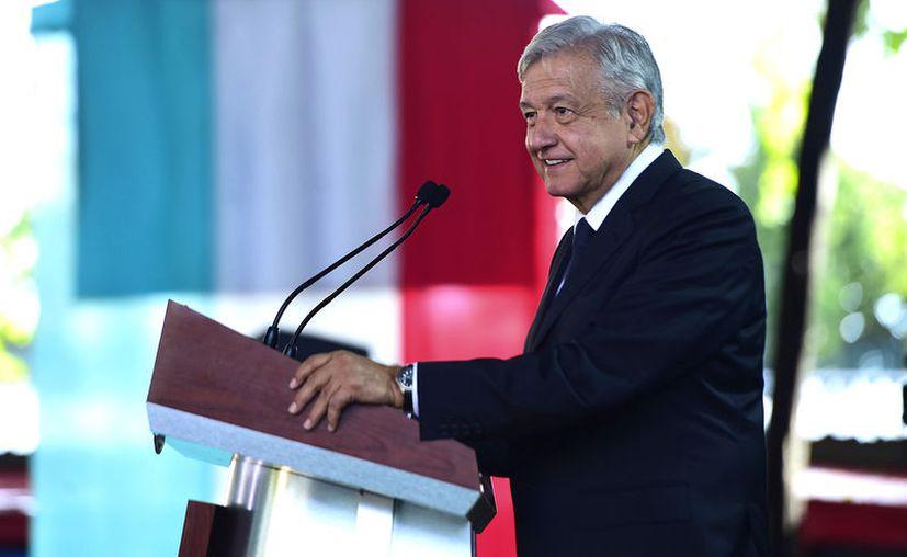 López Obrador cuestionó el por qué sus críticos no hablan de que el peso es la moneda que más se ha fortalecido en el mundo (Foto: Notimex)