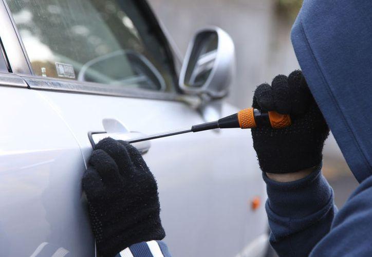 Los robos se registraron en el estacionamiento de Diver Plaza. (Foto: Contexto/Internet)