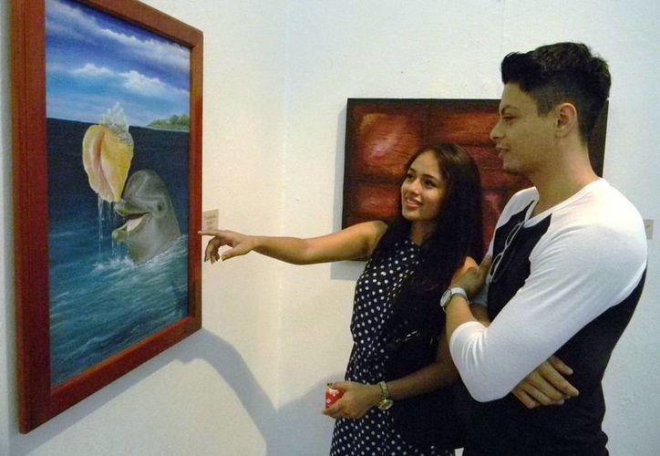 La muestras pictóricas fueron inauguradas en las sala de exhibiciones temporales. (Jorge Carrillo/SIPSE)