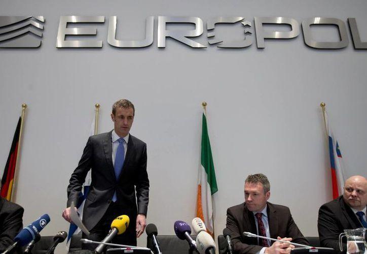Europol se negó a nombrar sospechosos, jugadores, clubes de futbol o dirigentes involucrados para no perjudicar la investigación todavía en curso. (Agencias)