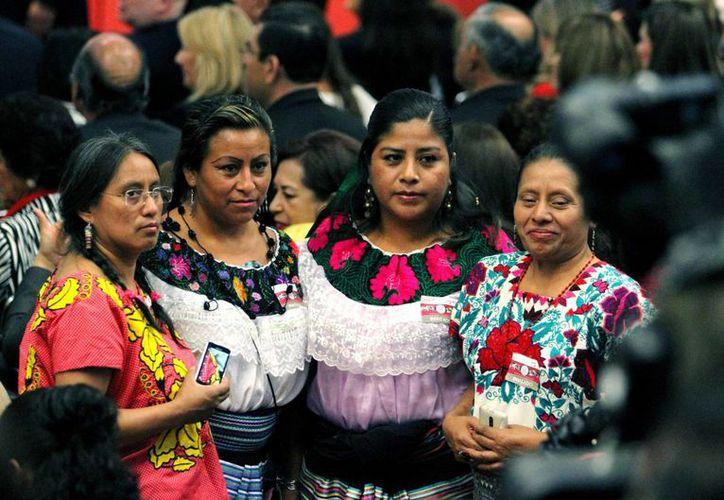 Los pueblos indígenas tienen derecho a elegir a sus representantes conforme a sus normativas internas, alegó el TEPJF. (Archivo/Notimex)