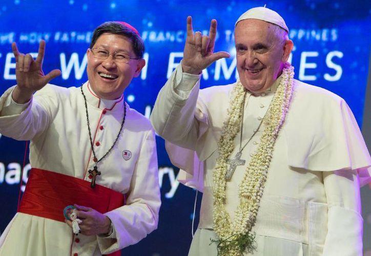 Antes de llegar a Filipinas, el Papa Francisco condenó el ataque contra la revista francesa Charlie Hebdo. (AP)