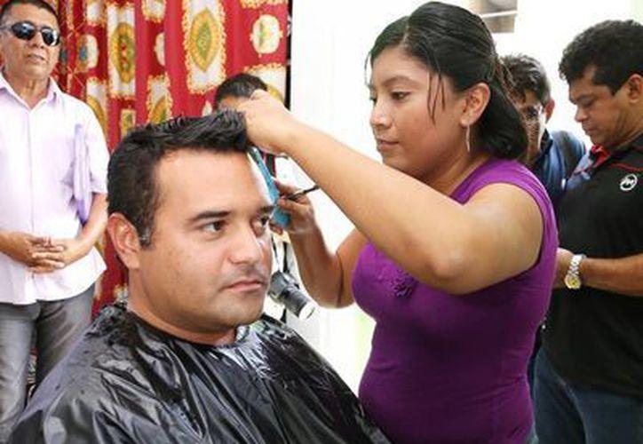 Renán Barrera Concha justifica que el sueldo que gana fue fijado desde la administración anterior. (SIPSE)