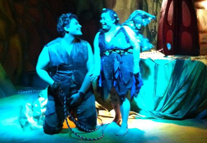 La obra teatral Mamá Gorka y su Pléyamo versa en parte sobre cuánto se limitan las mujeres al tener un hijo fuera de sus planes. (Milenio Novedades)