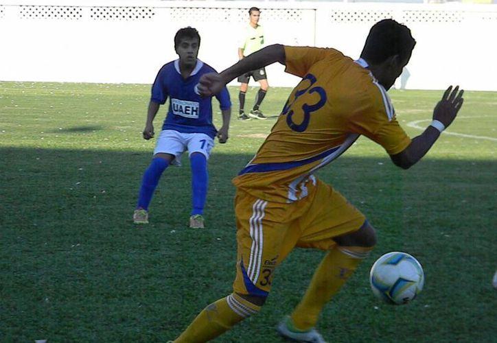 Los pupilos de Narciso Morales Lastra van en la punta del campeonato en la Segunda División Profesional. (Ángel Mazariego/SIPSE)