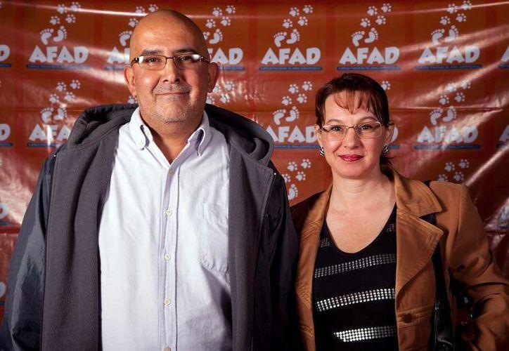 Gracias a las redes sociales, Armando y Adriana unieron sus vidas. (SIPSE)