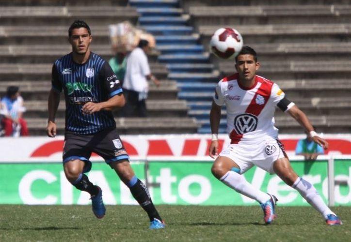 Los Gallos de Querétaro (i) debutaron con el pie derecho en la Copa Mx. (SIPSE/Foto de archivo)