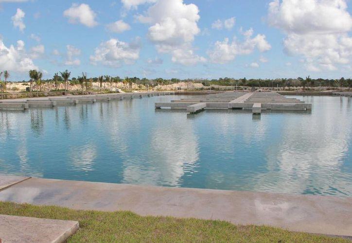 """La Marina Cozumel se localiza al sur de la Isla de las Golondrinas, cerca de los muelles de cruceros """"Puerta Maya"""" y """"SSA México"""". (Gustavo Villegas/SIPSE)"""