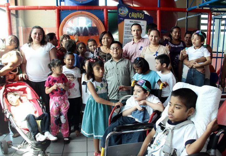 Convivencia entre familias con hijos diagnosticados con autismo. (Milenio Novedades)