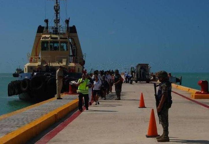 El simulacro de incendio y explosión en un barco en Progreso tuvo una duración de una hora. (Cortesía)
