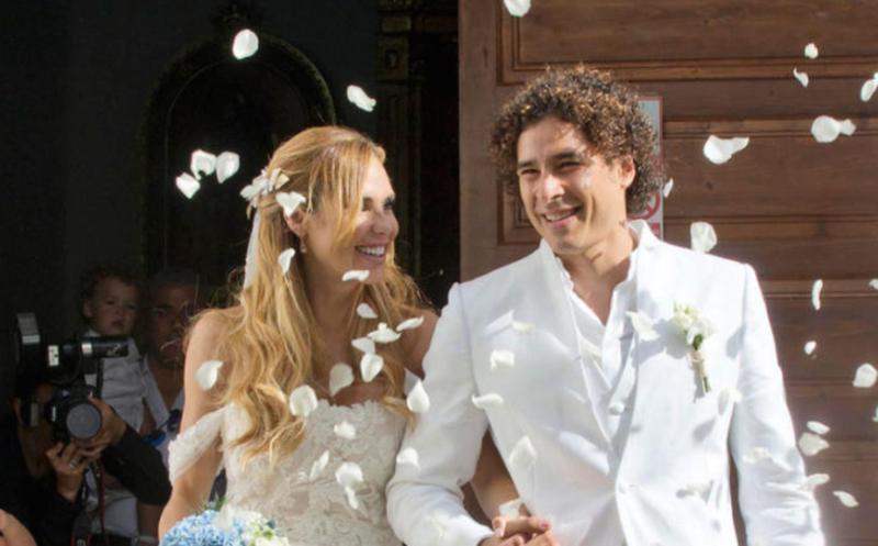 Integrantes del 'Tri' asisten a boda de Memo Ochoa en Ibiza (fotos)